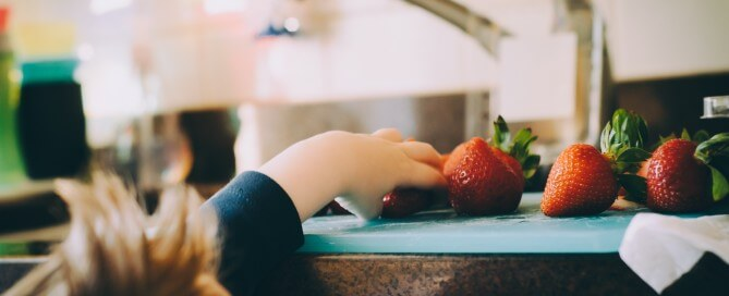 Kid strawberries Kitchen