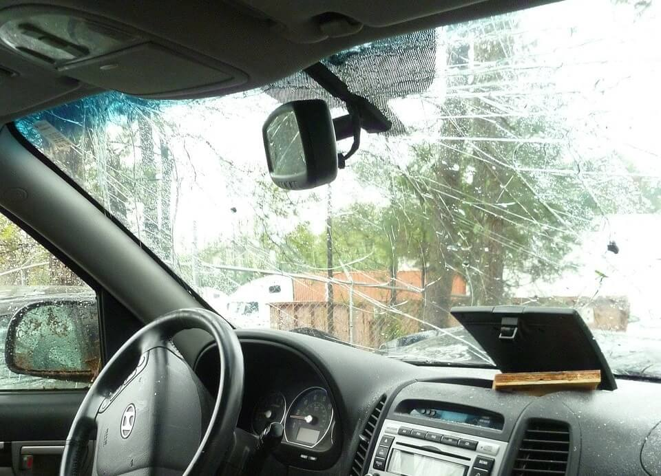 cracked windshield auto body collision Langley On Line Collision